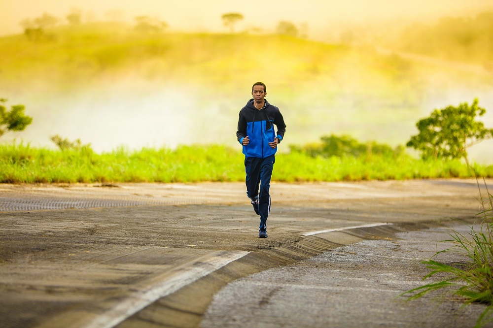 8 Amazing Benefits of Running Regularly